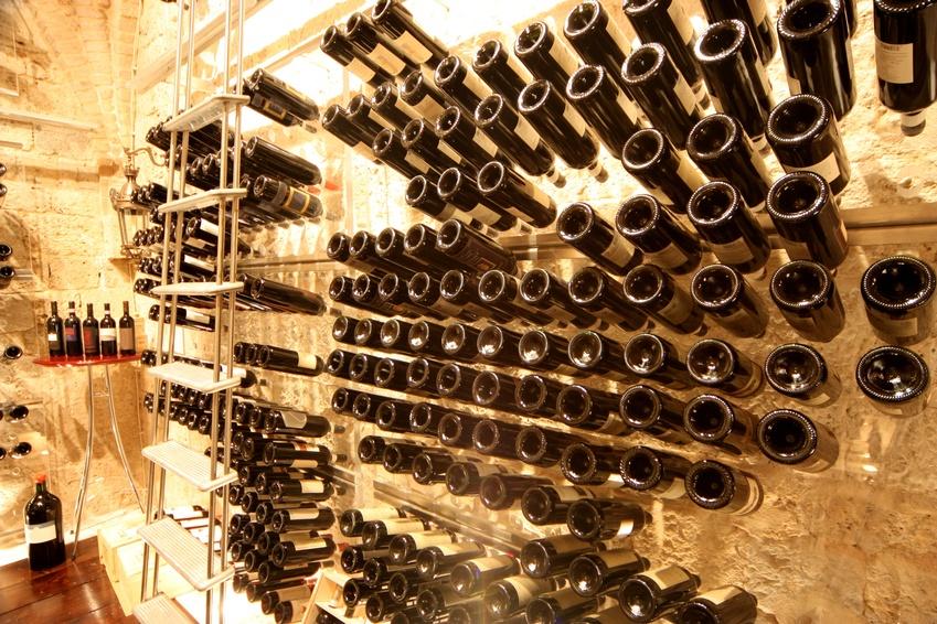 Provinum wijnkelders bv wijnwand for Wijnkelder ontwerp