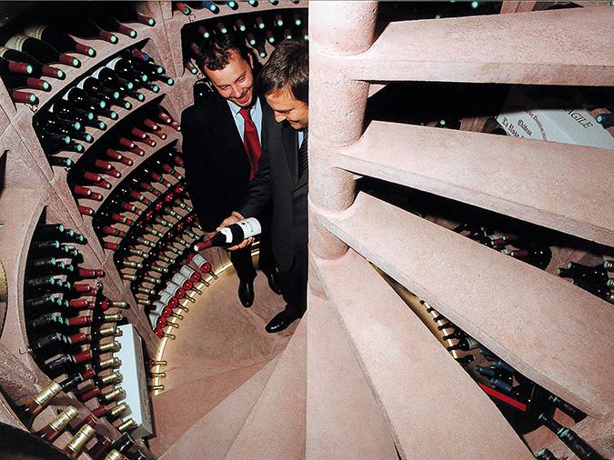 Provinum wijnkelders bv u helicave